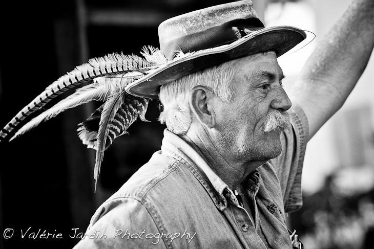 Interesting Faces ~ Feather Hat Man  34afbb554647