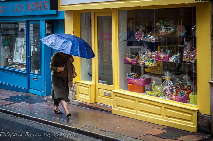 Valerie Jardin Photography - Blue umbrella-2