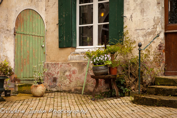 Valerie Jardin Photography - courtyard-1