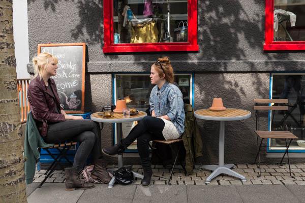 valerie jardin photography - Reykjavik Street Photography-15