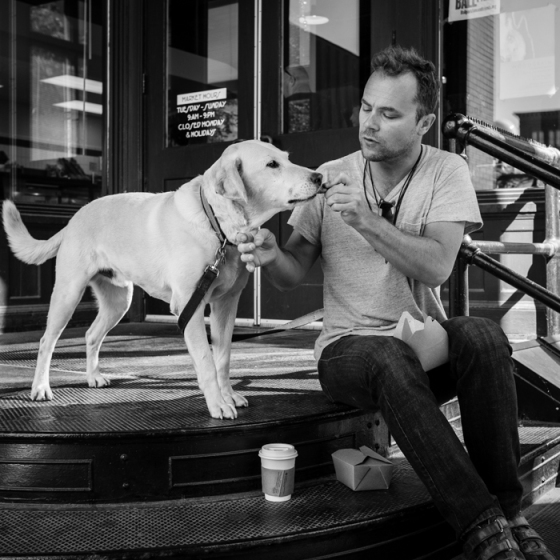 valerie Jardin Photography - pets in street photography-11