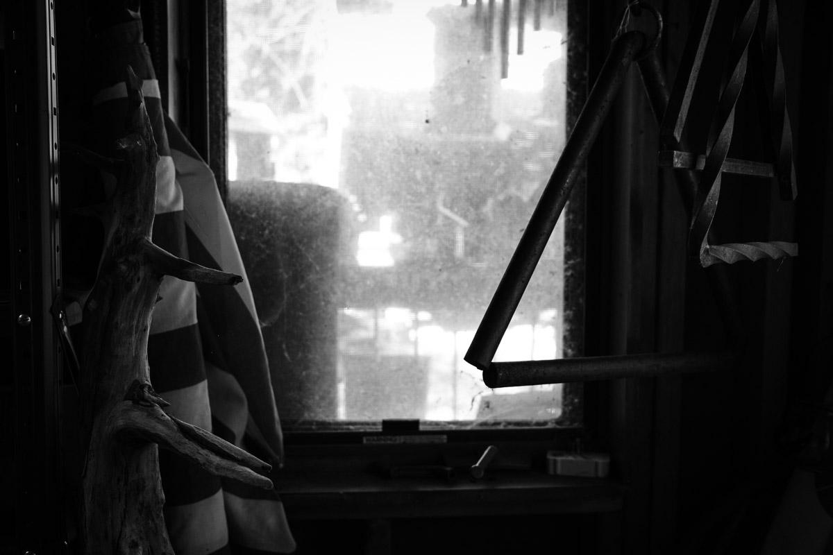 ©Valérie Jardin - John and the bird houses-4