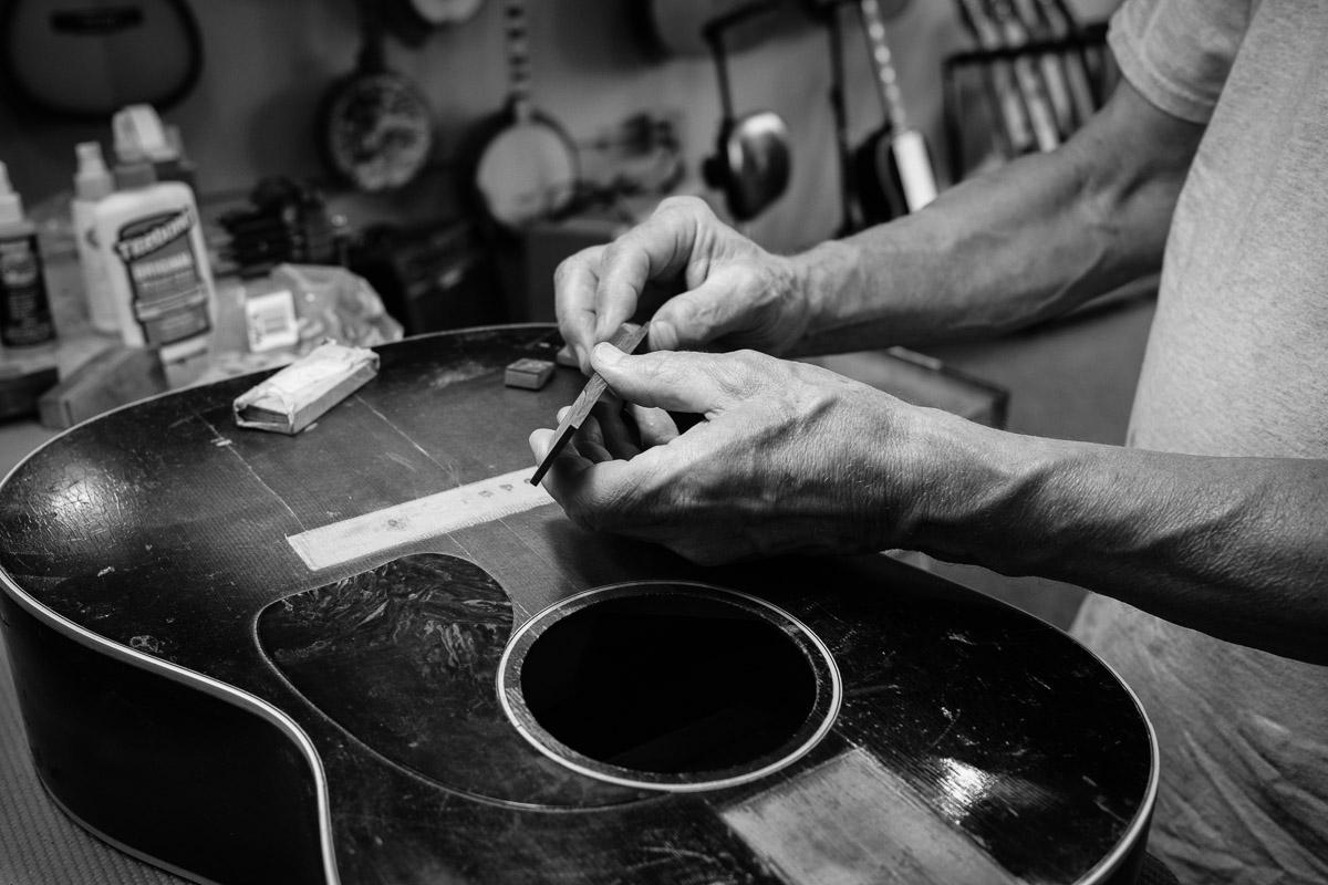 ©Valérie Jardin - St Paul guitar repair -15