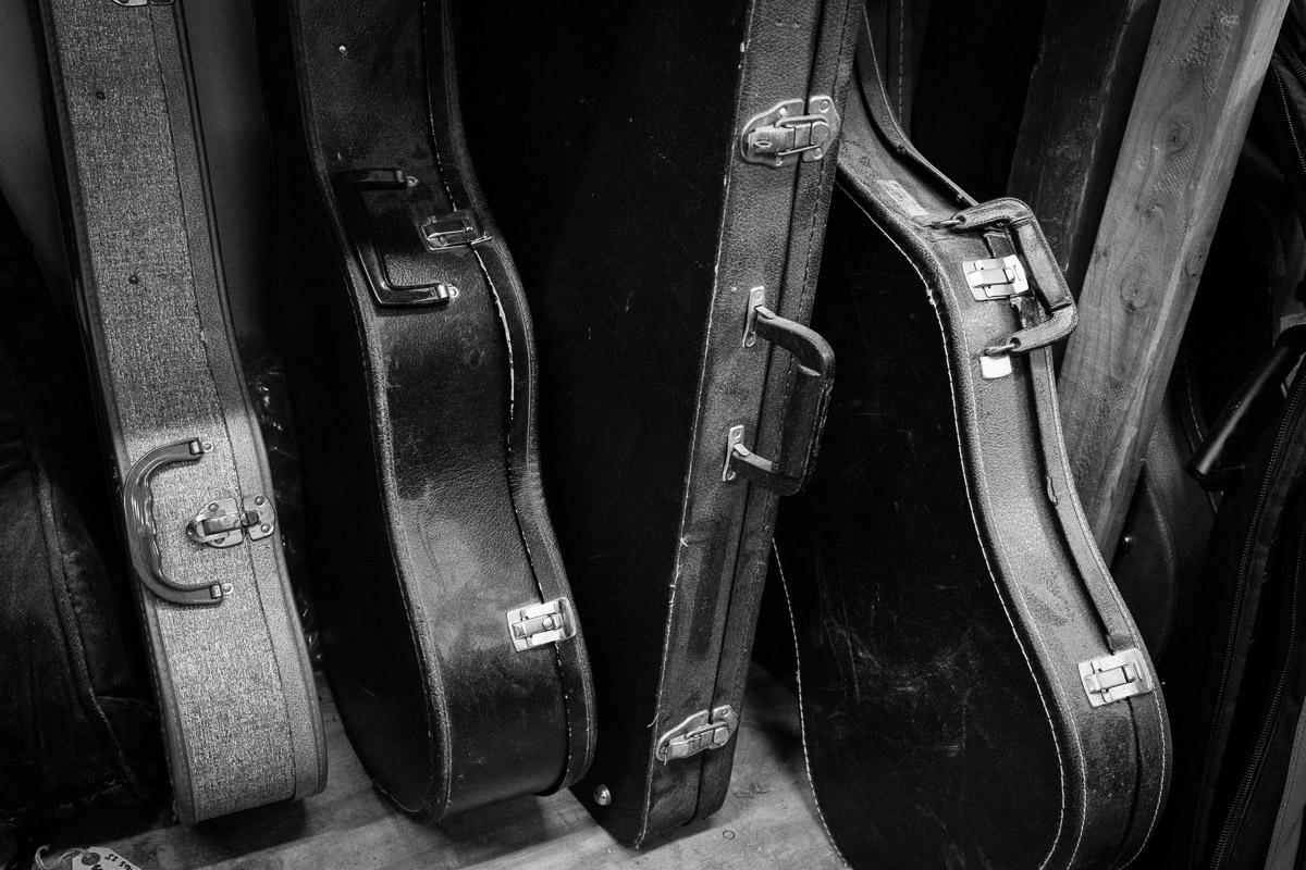 ©Valérie Jardin - St Paul guitar repair -28