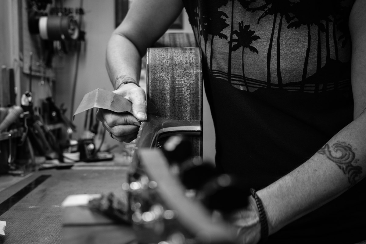 ©Valérie Jardin - St Paul guitar repair -3
