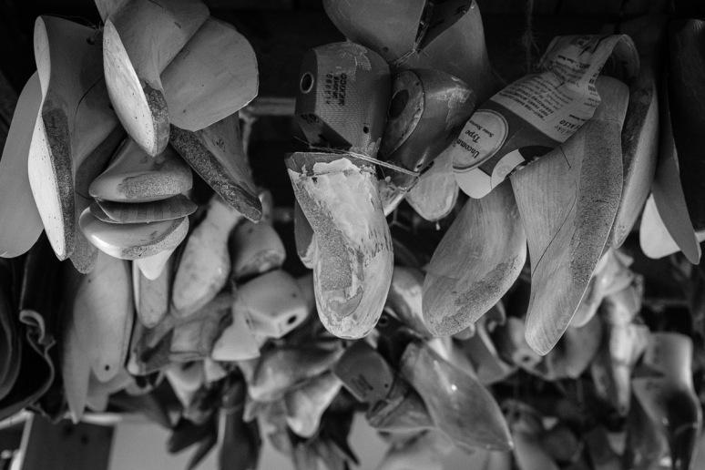 ©Valérie Jardin - Shoe Maker-18