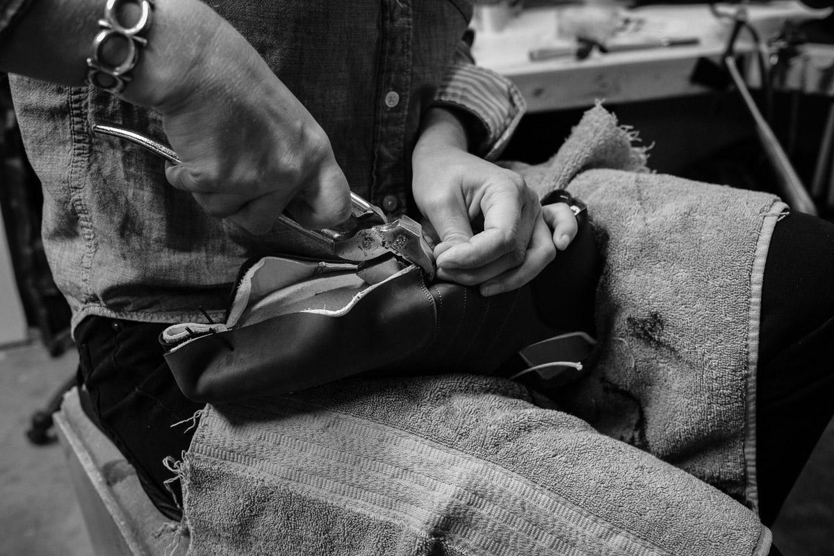 ©Valérie Jardin - Shoe Maker-8