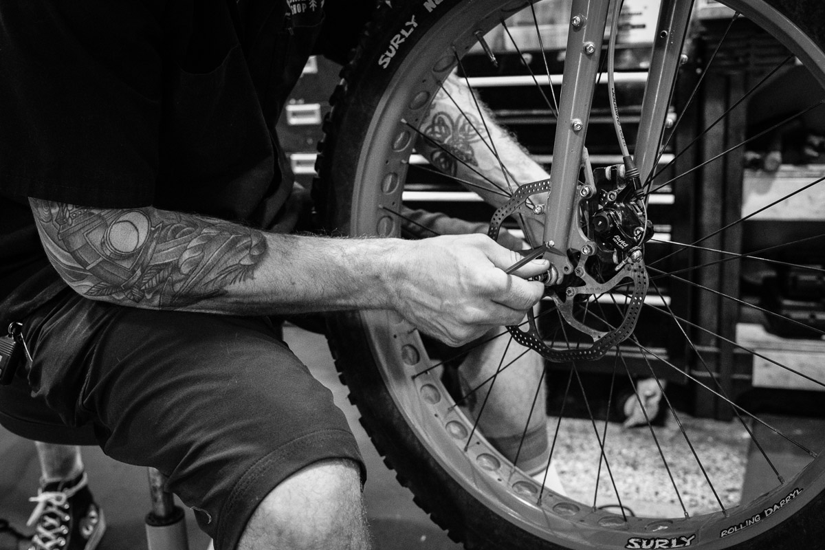 ©Valérie Jardin - Tangletown bike shop-10
