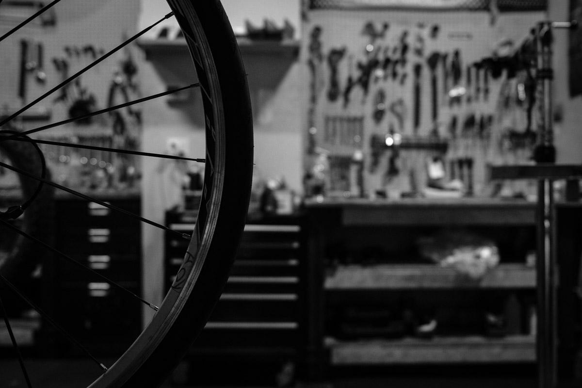 ©Valérie Jardin - Tangletown bike shop-4